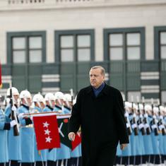 In wake of Turkey's lira crisis, Erdogan could move away from the West and turn to Russia, China