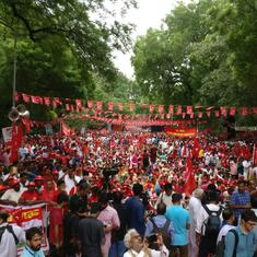 Delhi: Farmers, workers take part in rally demanding minimum wage, loan waiver